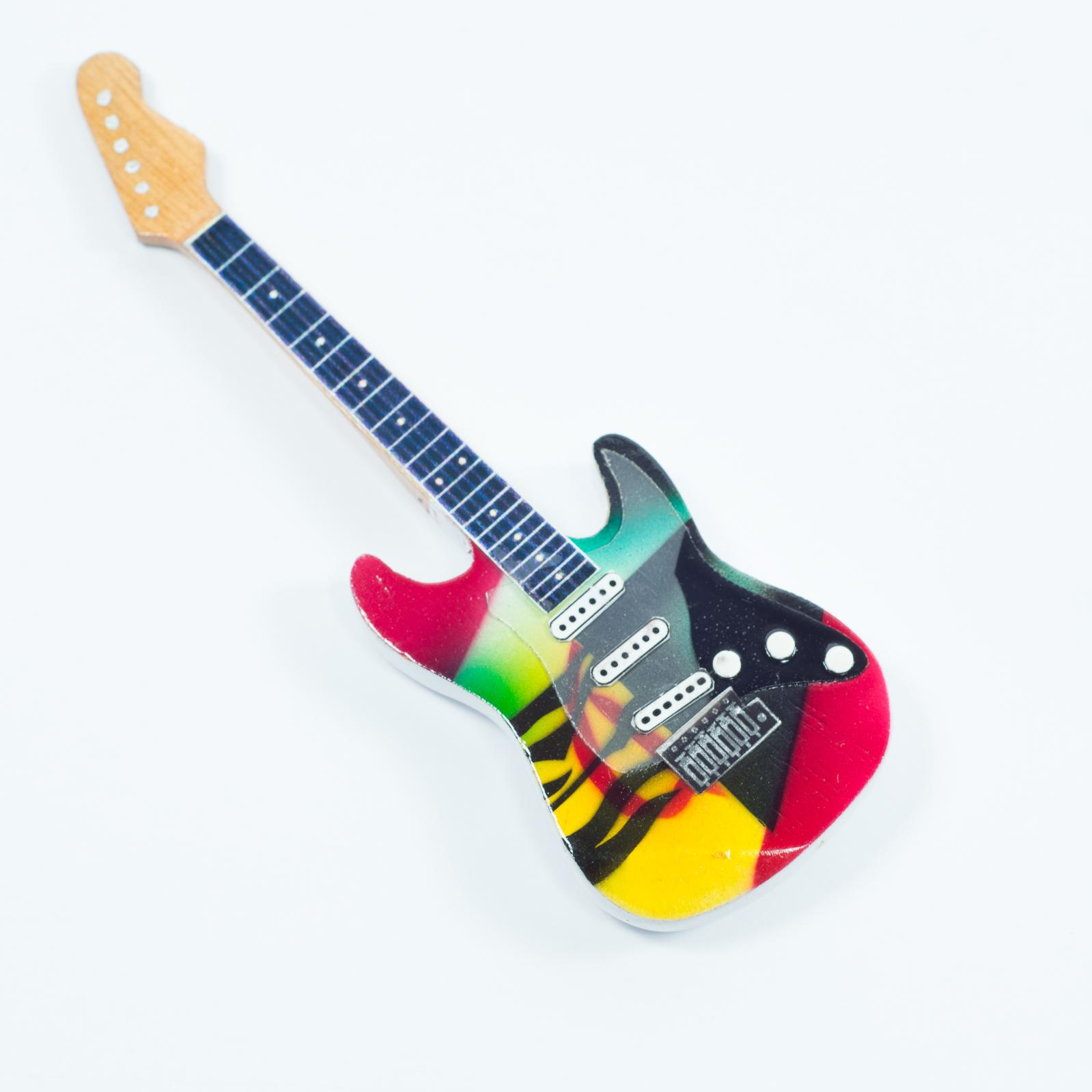 Guitar Shaped Magnet For Fridge - Eric Clapton - Crash3