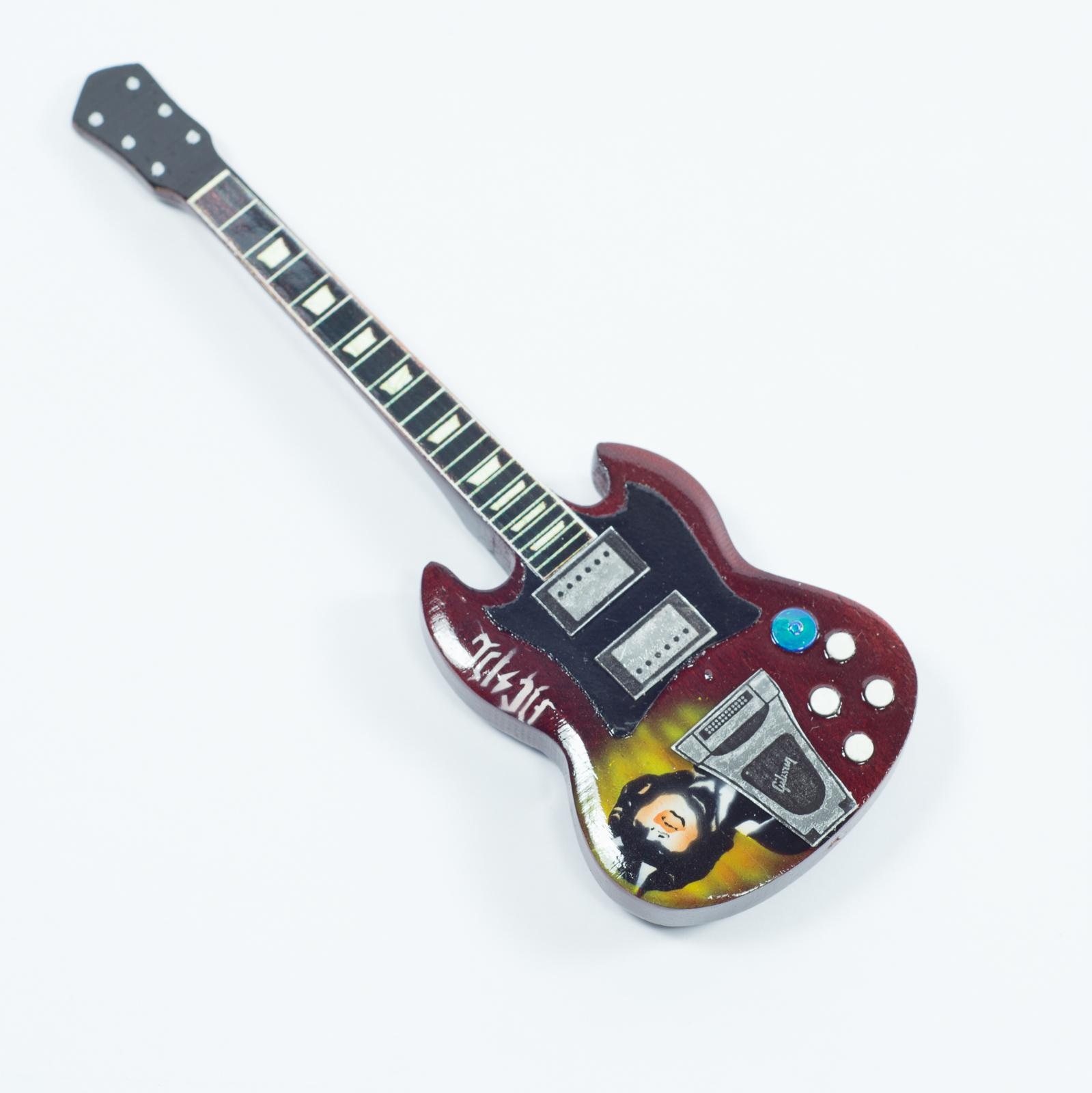 Guitar Shaped Magnet For Fridge - AC / DC - Angus Young